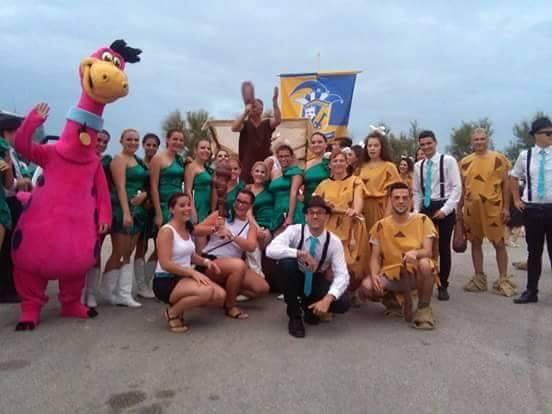 FOTO: Ljubuški karneval nastupio na Braču