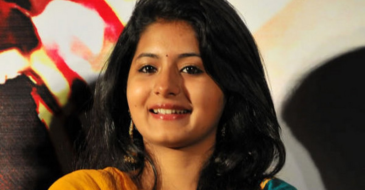 Reshmi Menon At Theneer Viduthi Audio Launch