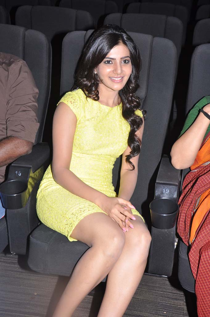Samantha Thigh Show Photos