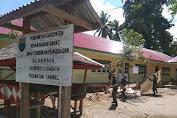 Satgas Ops Pamrahwan Maluku Yonif 136 Bantu Renovasi Sekolah