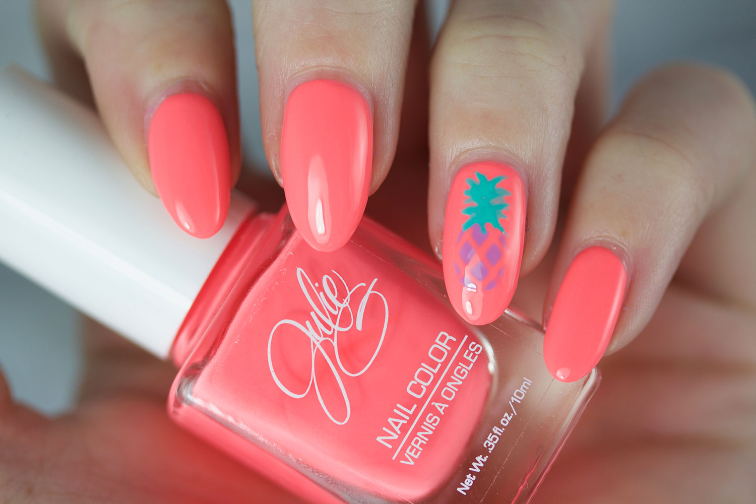The Daily Nail, Jesse's Girl, Julie G, Bikini, Swatch