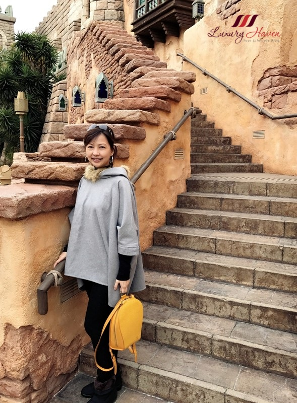 singapore travel blogger disneysea arabian coast adventure