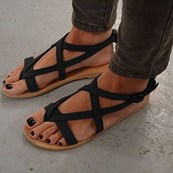 https://www.dresshead.com/c/shoes/?extid=OR_RO_SB_BG171901&cvosrc=sponsored%20kleidenaira_RO.0917&cvo_campaign=OR_RO_SB_BL_17023