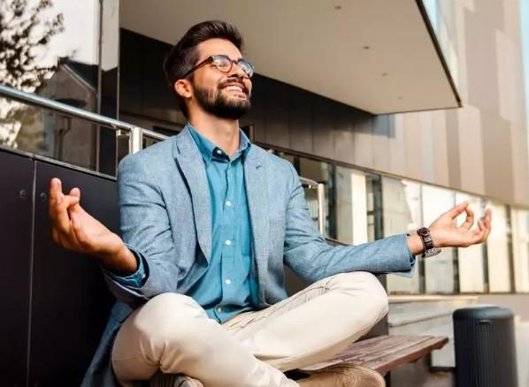 5 طرق مثبتة لتحسين صحتك الفكرية