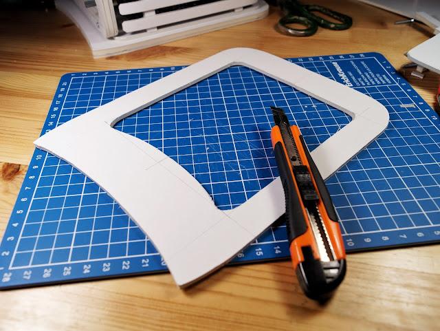 Детали верхней крышки макета корпуса усилителя для наушников