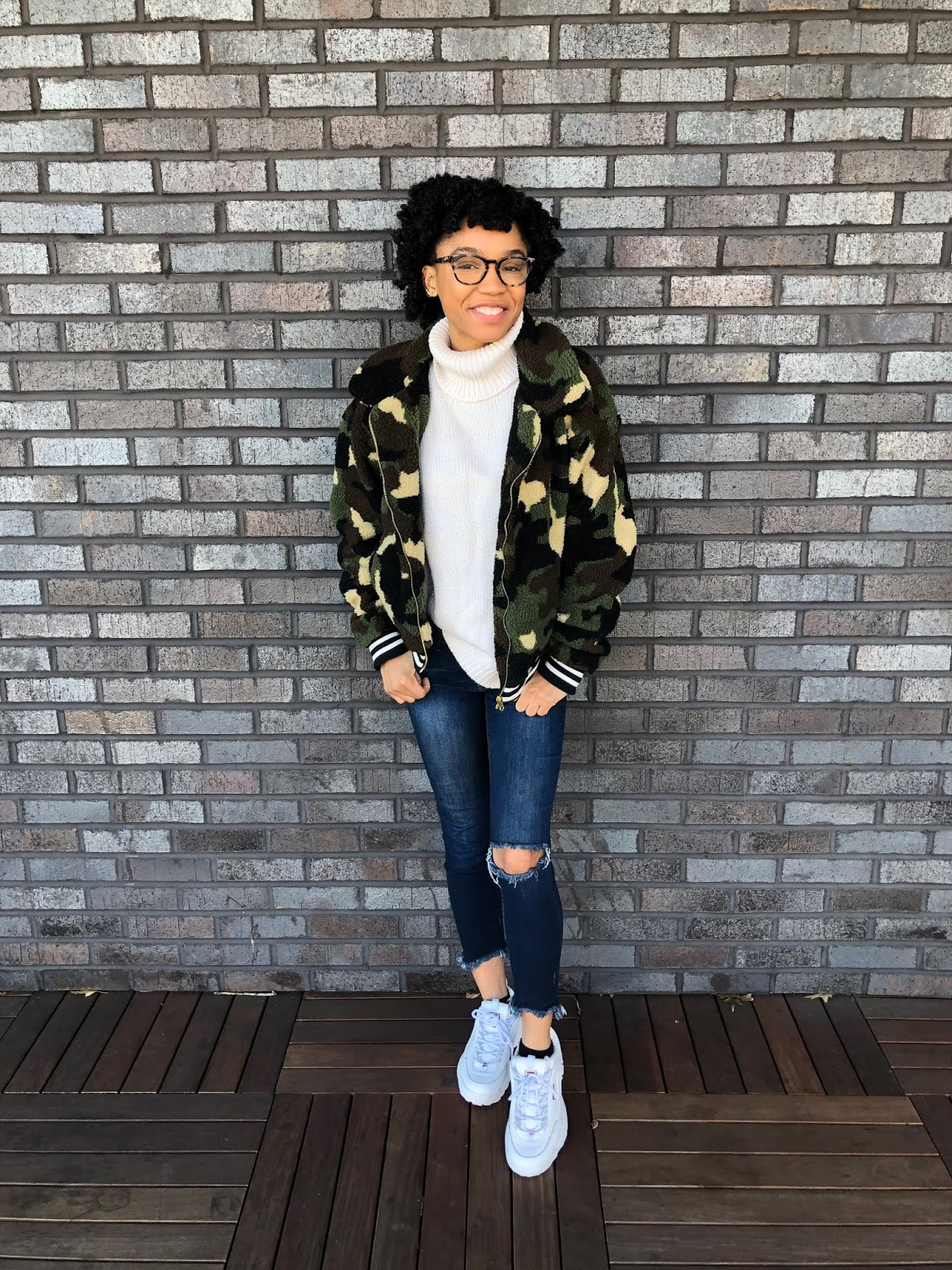 NC style and fashion blogger wearing warby parker casper frames