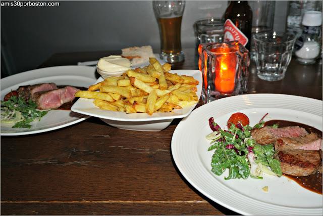 Cena en el Restaurant Vlaming, Amsterdam