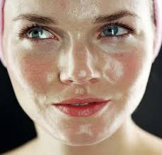 7 Fabulous Home Remedies For Oily Face