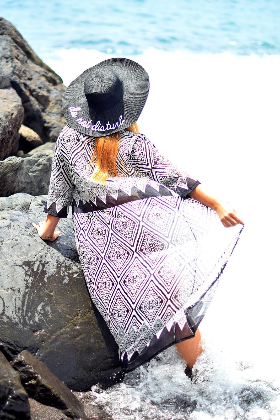 KIKO milano, wholesale7, summer look, suncare routhine, toalla mandala, sombrero,