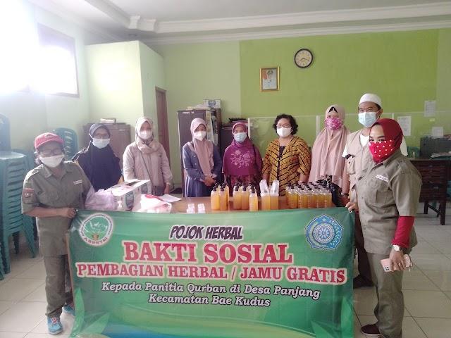 Inovasi Jamu Herbal, PKK Desa Panjang Berikan Panitia Kurban Jamu Perkuat Imunitas Ditengah Pendemi Covid-19