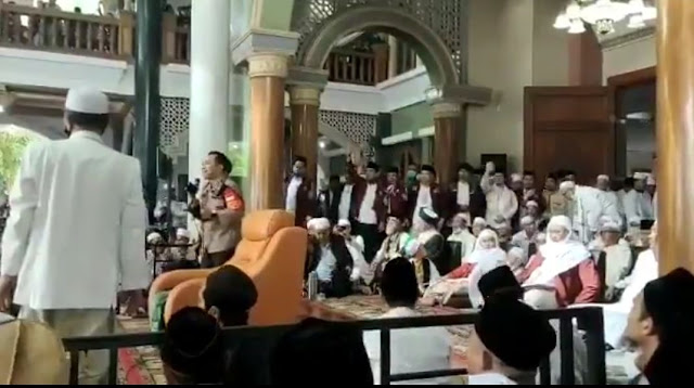 Pengajian Abuya Uci Membludak, FPI: Gak Usah Disebar, Kasihan Kapolda Banten Bisa Dicopot