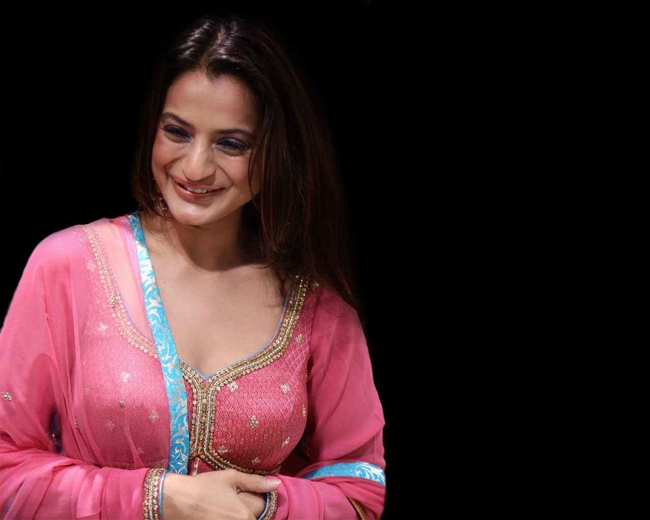 Amisha Patel Sexy Image
