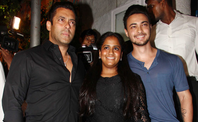 alman Khan birthday, salman khan arpita khan sharma, salman birthday party, bollywood news