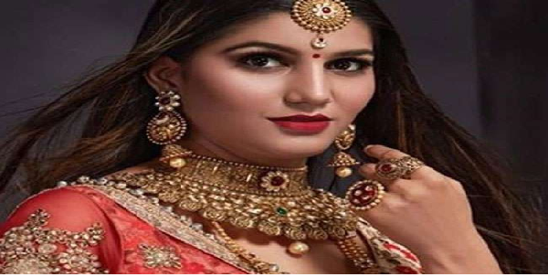 haryanvi-look-gayika-sapna-chodhri-bhajapa-me-shamile