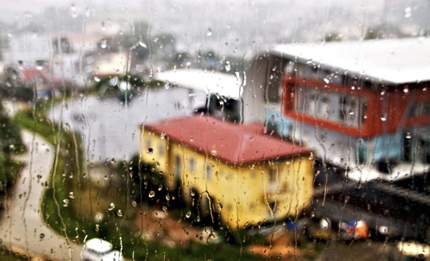 Tháng 10 Đà Lạt, vội vã dưới những cơn mưa