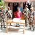 नेपाल से गांजा लेकर आ रहे तस्कर को एसएसबी ने दबोचा