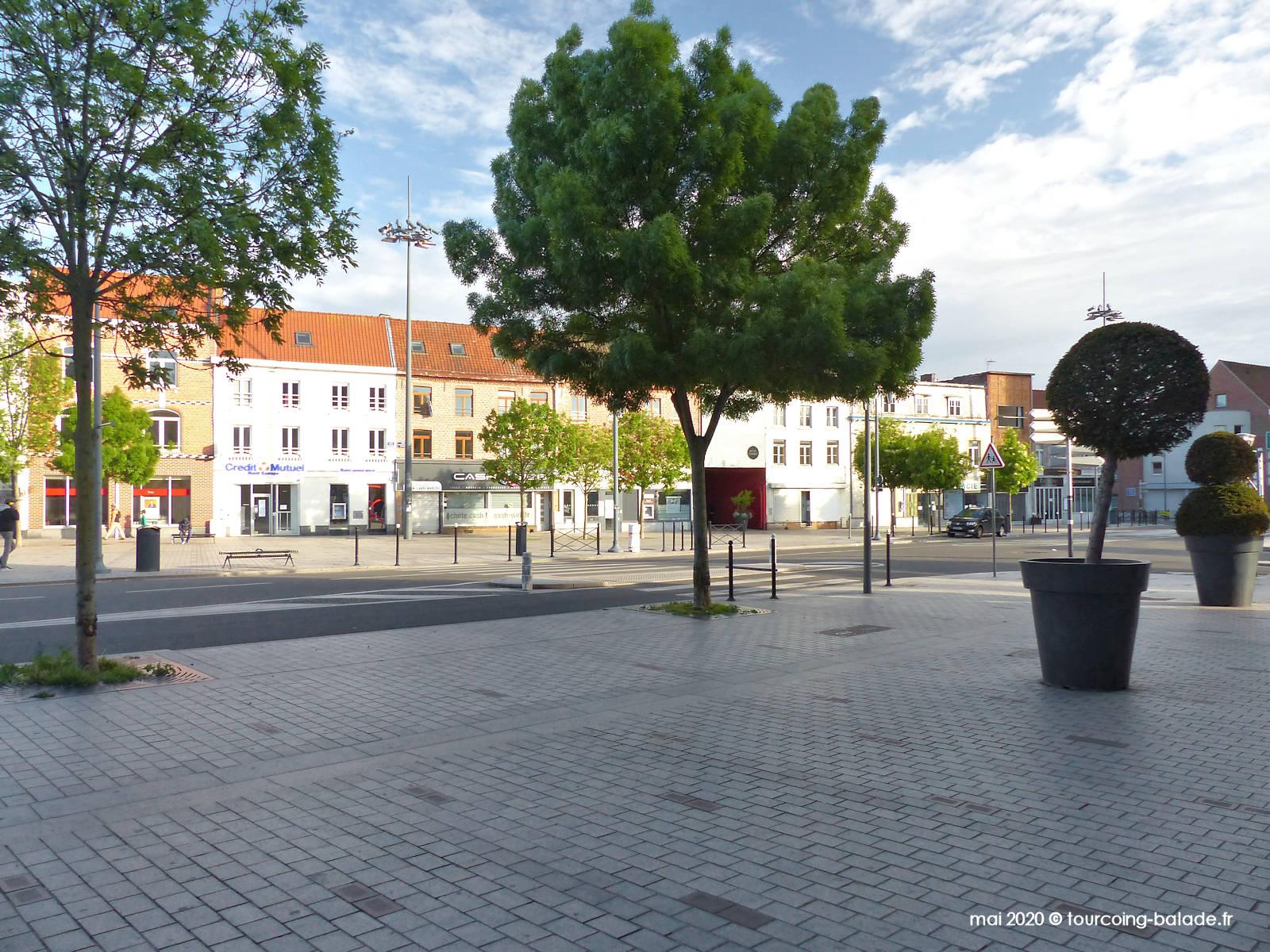 Places République et Roussel, Tourcoing, 2020