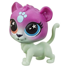 Littlest Pet Shop Lucky Pets Lucky Pets Glow-in-the-Dark Eyes Twinklelight (#No#) Pet