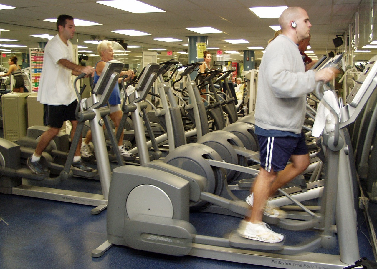 Different Features That You Should Definitely Look For When Purchasing Elliptical Machines