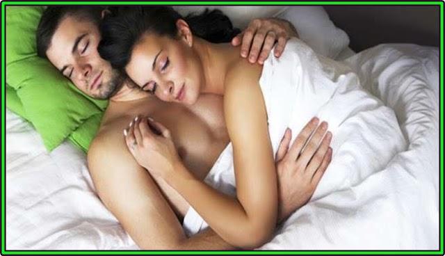 लड़कियों के साथ चिपक कर सोने से होते हैं कई फायदे, रिसर्च में हुआ बड़ा खुलासा