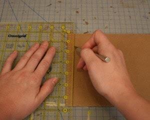 Usa una regla para que las líneas te salgan perfecta.