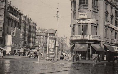 Barcelof lia carrer pelai botigues i comer os anys 1950 39 s for Oficinas pelayo barcelona