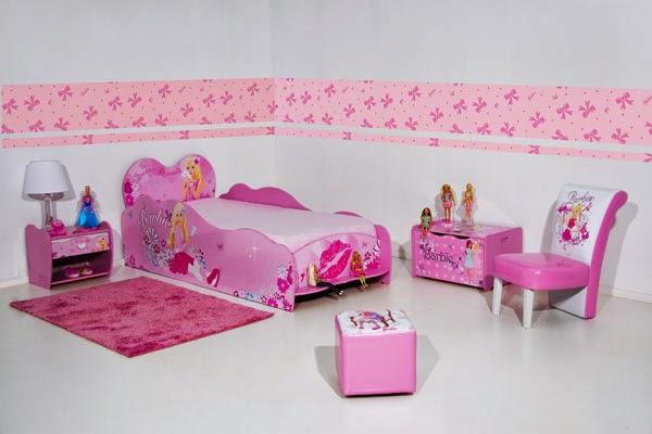 Dormitorio rosa barbie