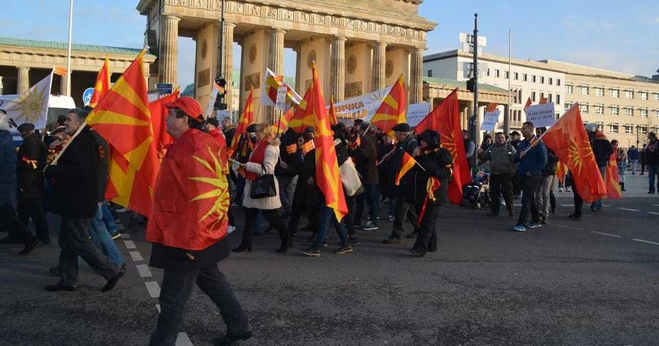 Sonntag Deutschland Gegen