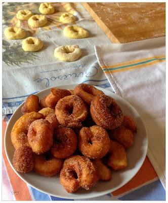 Ciambelle di patate dolci, graffe o viccilli...