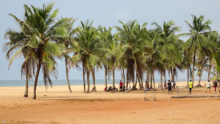 Lomé has a long beach with many palms
