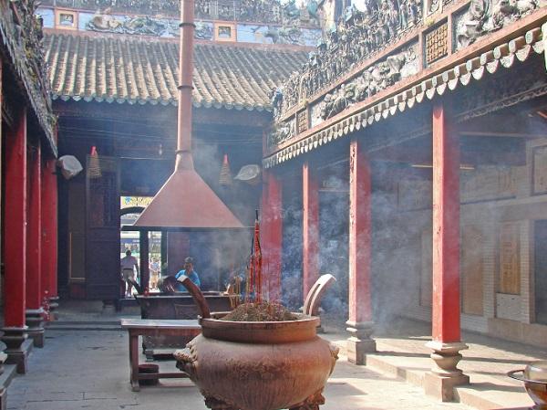 Travel to Vietnam: The Best 5 Destinations