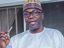 Kwara state governor, AbdulRahman AbdulRasaq donates his 10 months salaries to support the fight against Corona virus
