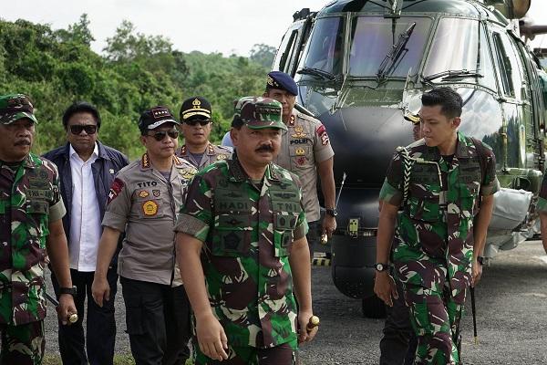 Kunjungan Kerja Panglima TNI dan Kapolri bawa Angin Segar Bagi Anggota TNI dan Polri di Perbatasan