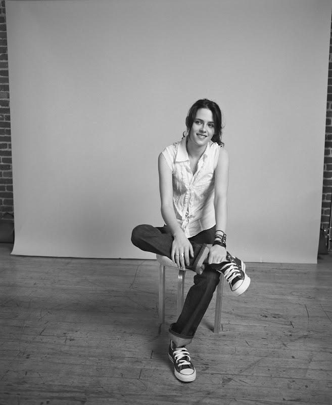 KStewRobLuvrs   HQ  Kristen Stewart Nylon Photoshoot Flashback  2006  adf1bb288
