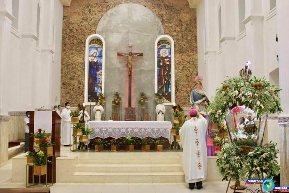 Santa Missa Solene virtual marcou o encerramento do festejo da padroeira dos obidenese Senhora Sant´Ana  2020.