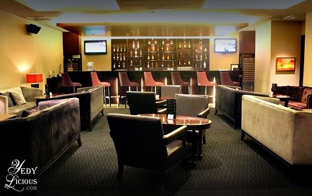 Oakroom Bar at Oakwood Manila