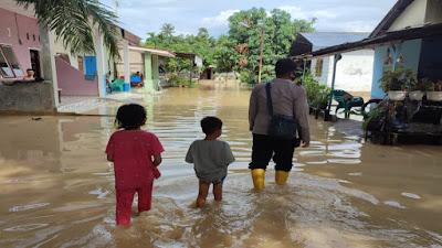 Curah Hujan Tinggi, Banjir Landa Kawasan Pabatu Tebingtinggi