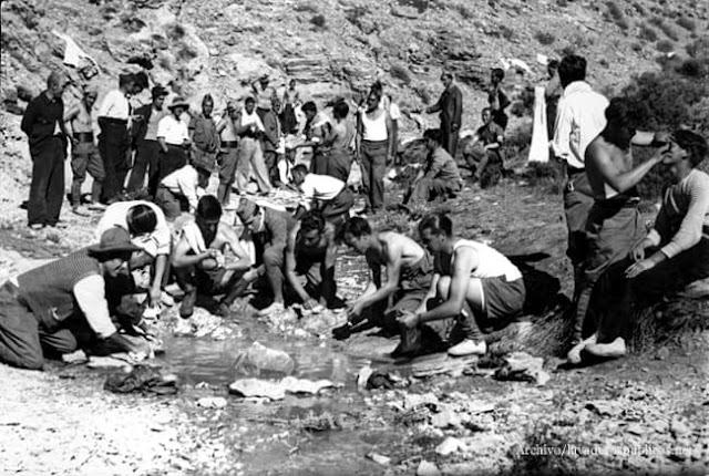 soldados-lavando-valencia