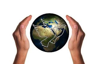 Alors que sur terre les nations seront affolées, vous, les croyants pleins d'espérance, vous serez récompensés. Harmony-2164366__340