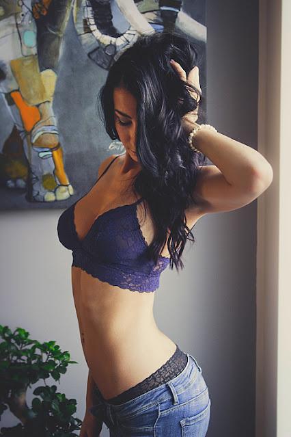 women toned body