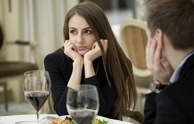 A third of the women you date are only in it for free food: study