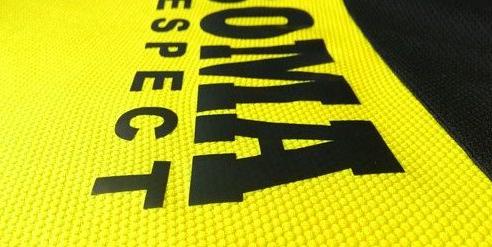 Bahan-bahan untuk Jersey Futsal