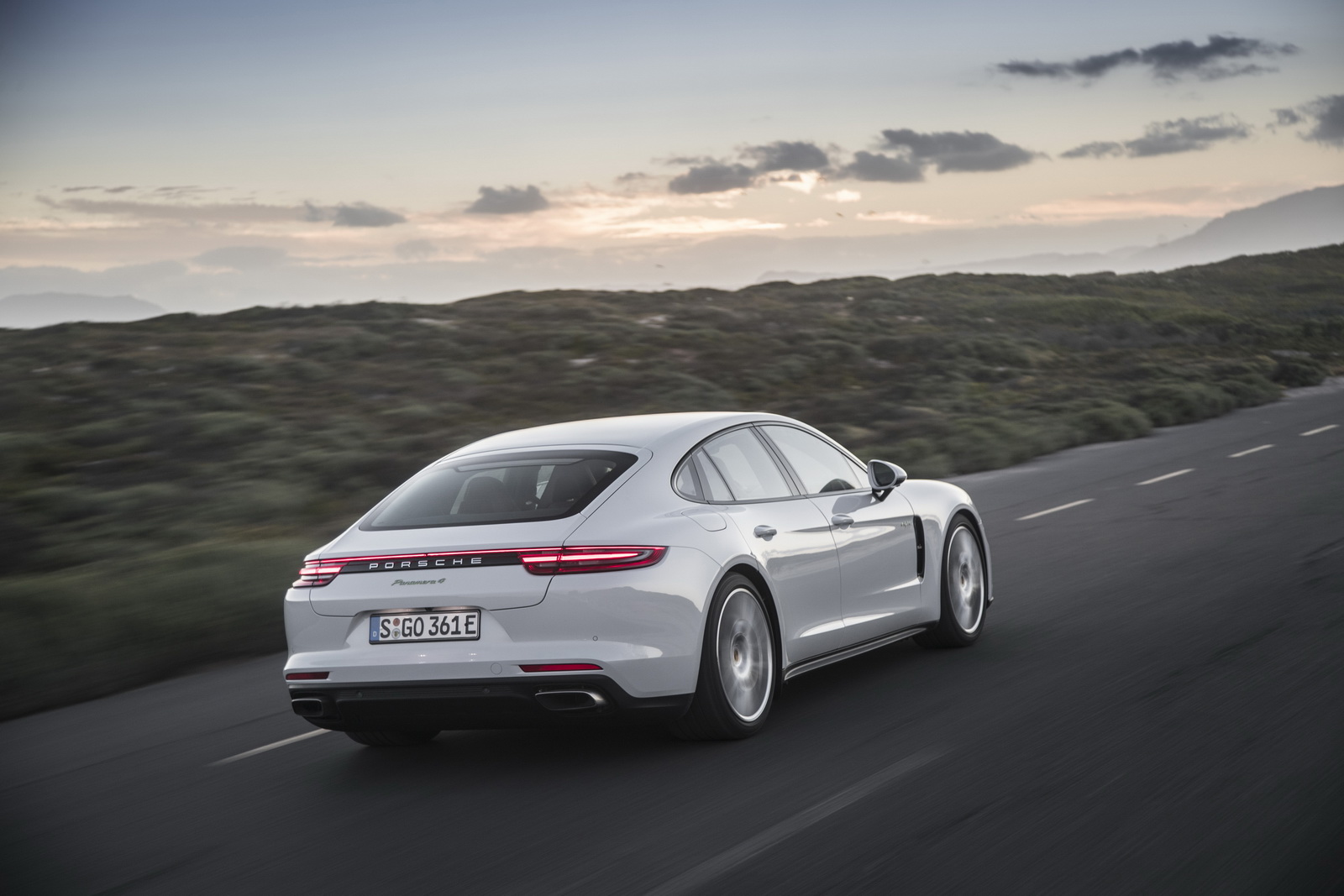 porsche u2019s battery suppliers can u2019t keep up with demand for hybrid panamera
