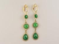 http://www.thecliponearringstore.com/forever-green-deluxe-dangle-clip-on-earrings.html