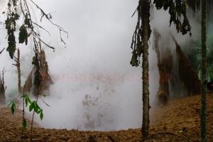 PT Pertamina Geothermal Energi Lahendong telah berupaya menanggulangi lumpur panas namun rencana tersebut belum berhasil