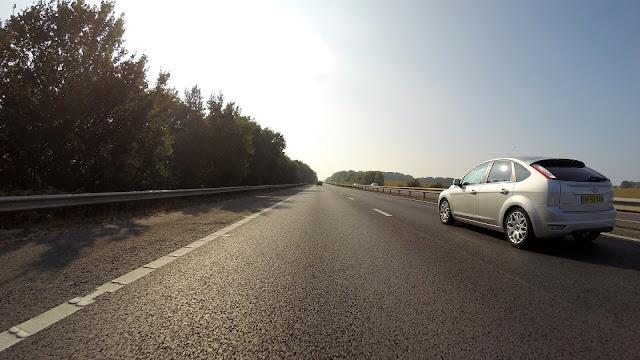 Viaje de carro com segurança
