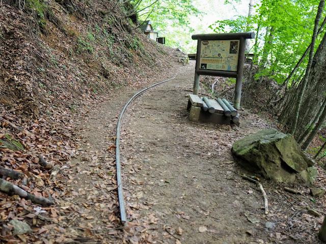 西沢渓谷 歩道終点 休憩所とトイレ