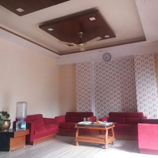 Budget Beautiful Ceiling Design for Home Office & Hotel, ceiling painting, home ceiling design, bed room ceiling design, living room ceiling design, latest 2018 ceiling design, POP ceiling design, false ceiling design, false ceiling for guest house, hall design, hotel false ceiling design, 3d false ceiling design, gypsum false ceiling, beautiful ceiling work, best ceiling work, ceiling painting, led light design for ceiling, modern, stylish,  Simple & beautiful False Ceiling Design  #FalseCeiling