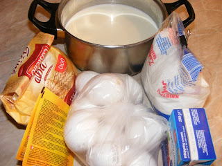 Ingrediente pentru tort de mere cu crema de zahar ars
