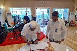 Murad Ismail dan Hadi Santoso Tandatangan MoU Penyaluran Kredit UMKM di Maluku